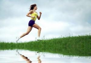 course-c3a0-pied-kmvert-femme-santc3a9010_21