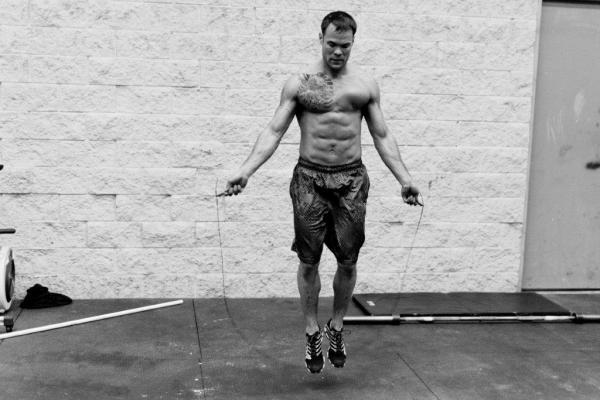 Double-Under-Practice-at-Progressive-Fitness-CrossFit-photo